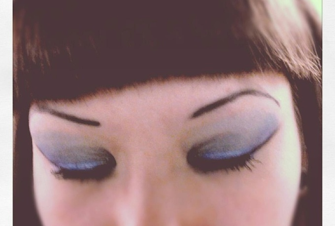 show you how to create beautiful eye shadow looks